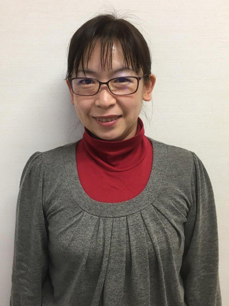 高上真由美さん(熊本)が、デイの利用者さんに紙芝居を使って認知症のお話を♬