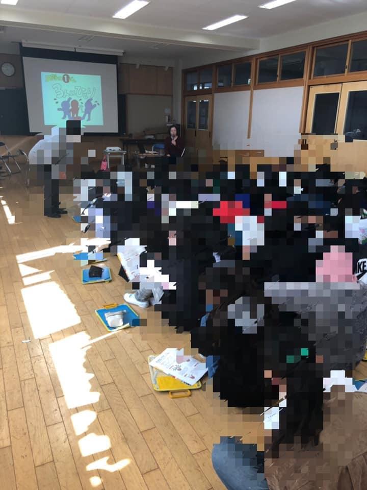 黒川三貴さん(茨城)が、地元の小学校で認知症サポーター養成講座を♬