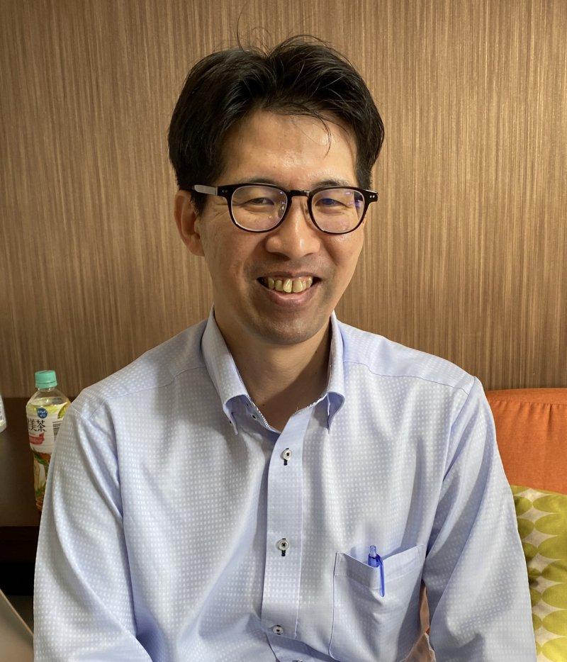 江藤純一さん(埼玉)が、職場で同僚に、紙芝居を使って認知症のお話を♬