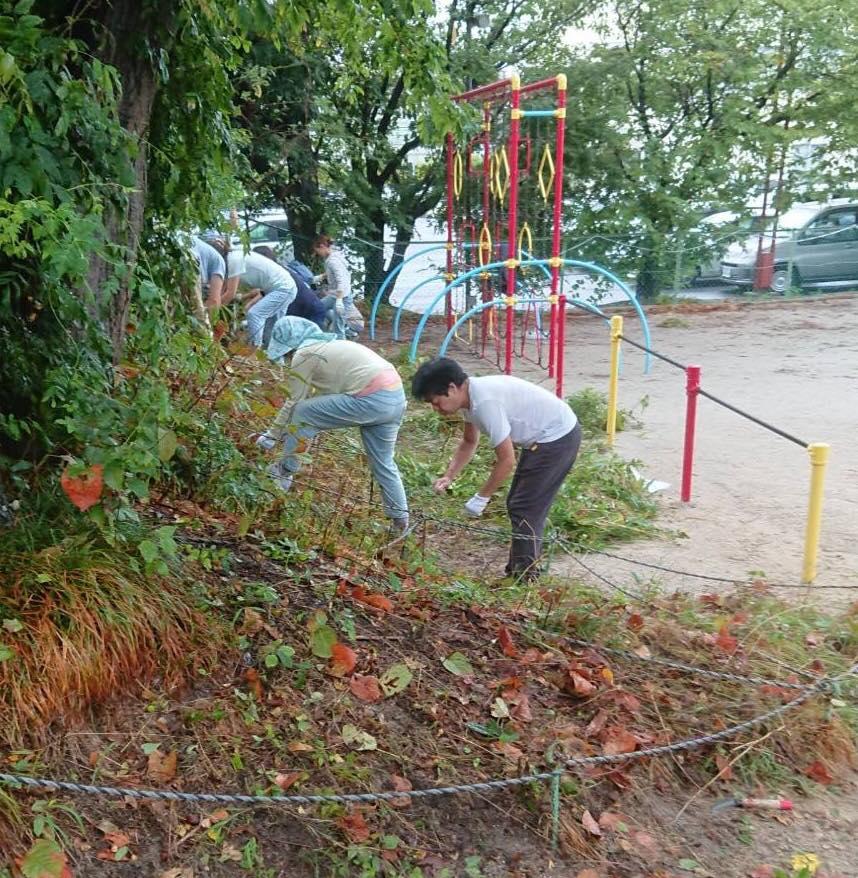 保育園の共同作業