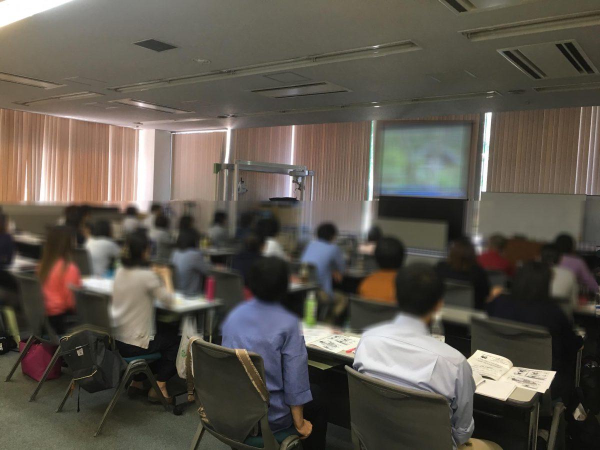 東京【お茶の水ケアサービス学院】主催の介護フォローアップ研修にて認知症研修をしました。