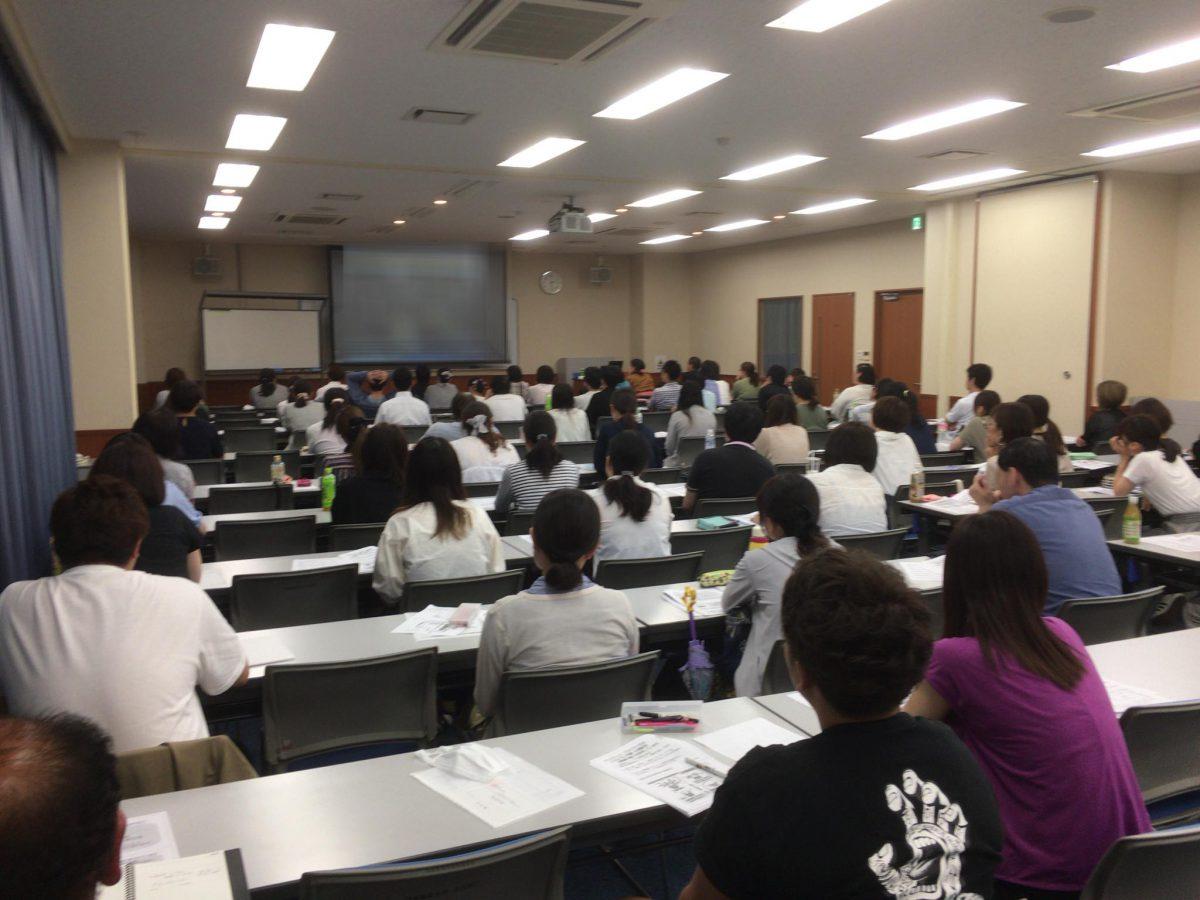 """愛知県名古屋市《愛知県老人福祉施設協議会》さまのスキルアップ研修にて""""本人を中心に認知症ケアを考える""""をテーマにお話をしました。"""