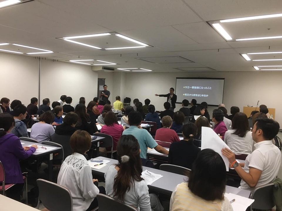 大阪羽曳野市【(有)ケアステーション大空】様よりご依頼いただき、「認知症を伝えられるひとになろう〜伝えられてこそ専門職〜」をテーマに公開研修会をしました。